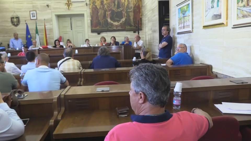 Licata: votata la sfiducia nei confronti del sindaco