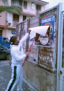 Affissione abusiva a Licata