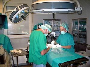 Medici-in-sala-operatoria