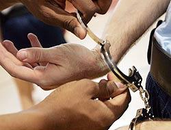 arresto cancello ed arnone